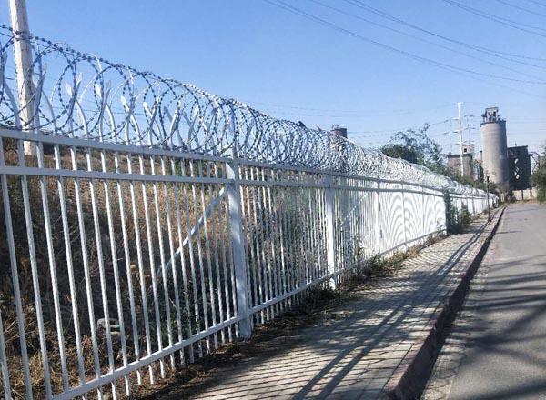 乌lumu齐红雁池发电厂社区要求封闭公园小区工程